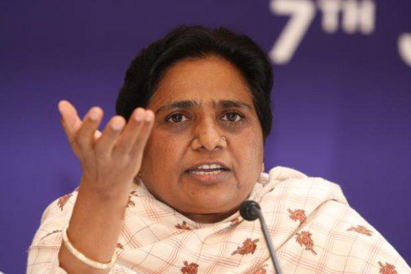 मौर्य बसपा और अपने समाज के गद्दारः मायावती